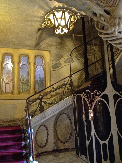 CasaSayrach_EclecticTrends_ascensor