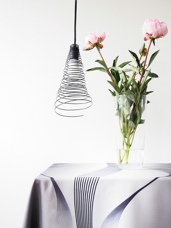 eclectic trends diy project wire lamp shade eclectic. Black Bedroom Furniture Sets. Home Design Ideas