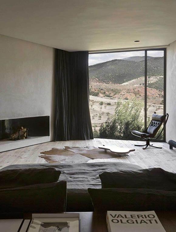 Eclectic trends a zen mountain retreat in morocco for Zen minimalist interior design