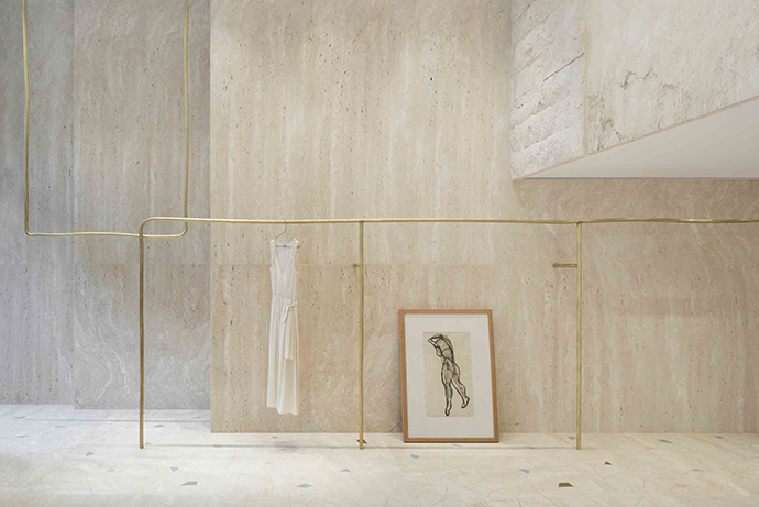 Eclectic Trends | The feminine and delicate Forte Forte store in Milan