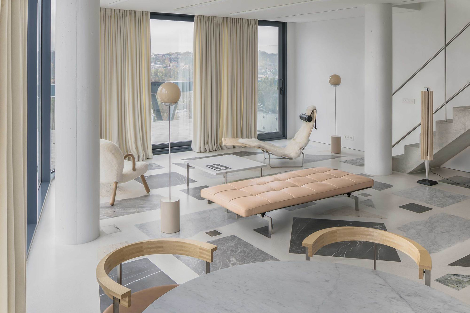 Eclectic Trends | The bold custom terrazzo floor by Do Architects