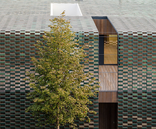 tr-house-pmmt-architects-residential-architecture-barcelona_dezeen_2364_col_0