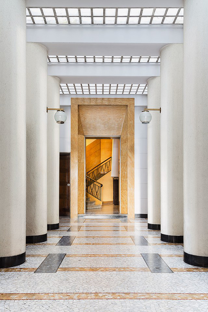 Eclectic Trends | 144 Entryways of Milan Taschen Publication_8