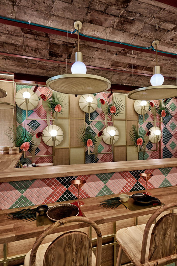 Eclectic Trends | A Nippo Brazilian Restaurant by Masquespacio in Valencia