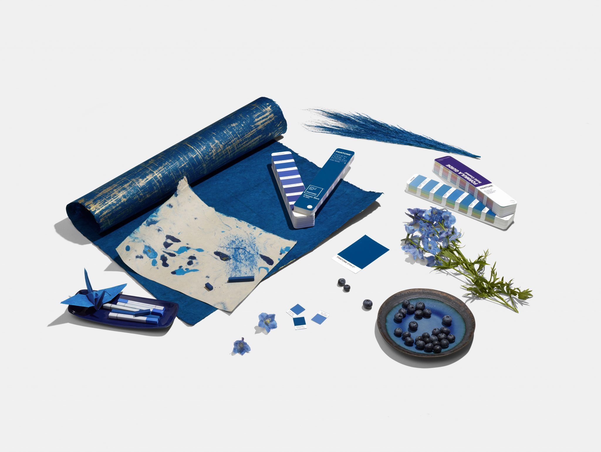 eclectic trends pantone color of the year 2020 classic blue eclectic trends