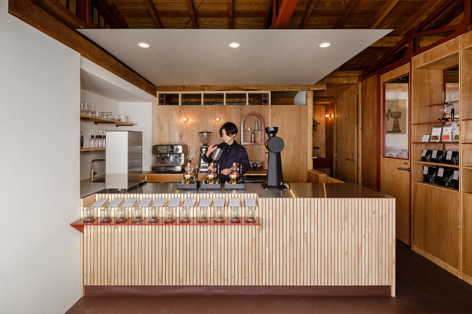 A tiny and warm coffee roaster chop in Gunma, Japan